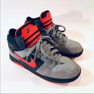 Nike Air Morgan Gray Black Red Size 7